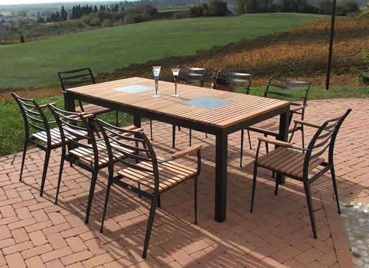 Arredamenti esterni accessori da esterno arredamento for Arredamenti esterni per terrazzi