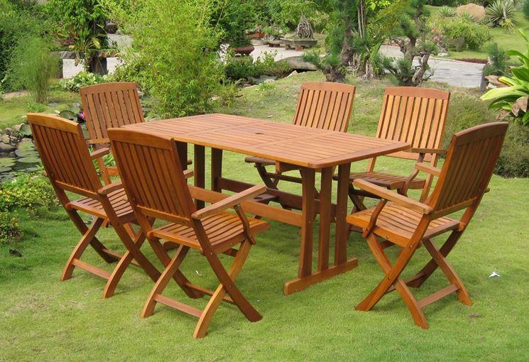 Arredi da giardino accessori da esterno come arredare for Offerta sedie legno
