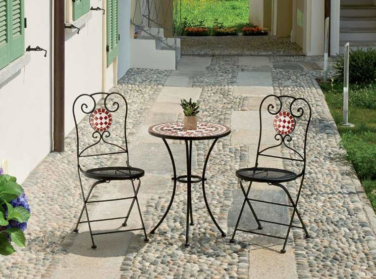 Arredo giardino ferro accessori da esterno arredo for Sedie da esterno in ferro battuto