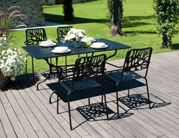 Arredo giardino ferro accessori da esterno arredo - Set da giardino ferro battuto ...