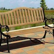panchina da esterno in legno