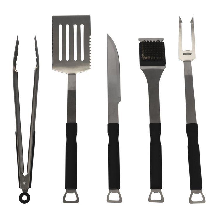 strumenti per maneggiare il cibo