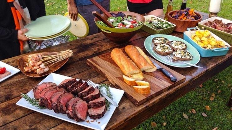 Barbecue a gas con pietra lavica barbecue barbecue a - Cucinare con la pietra lavica ...