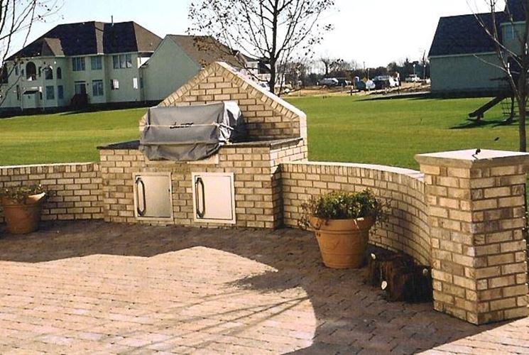 Costruire un barbecue in muratura barbecue barbecue in for Come costruire un progetto