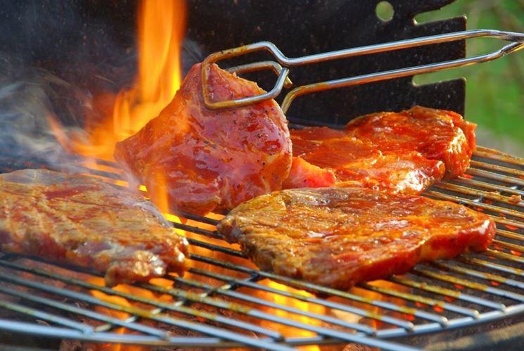 La costruzione del barbecue nelle fasi finali