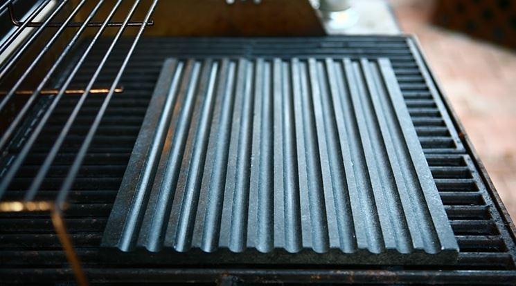 griglia in pietra lavica