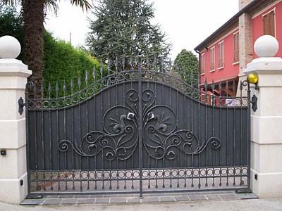 Cancelli in ferro cancelli scegliere cancelli in ferro for Cancelli da giardino