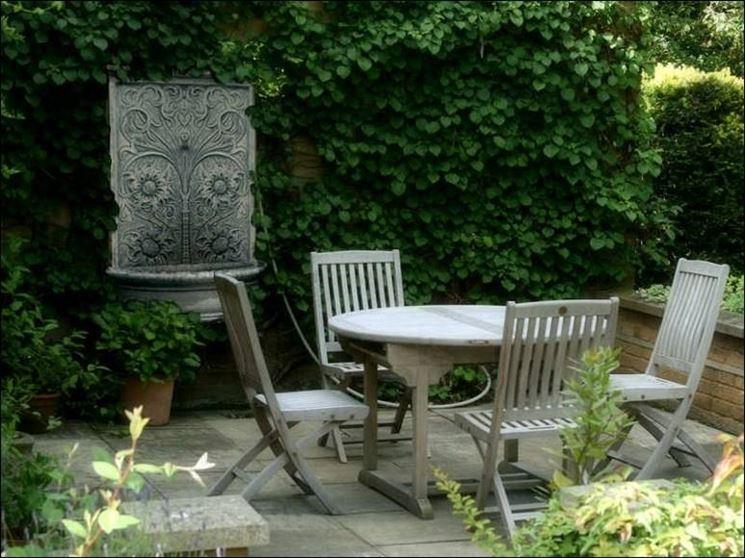 Fontanelle in pietra fontane fontanelle di pietra - Fontane per giardino fai da te ...