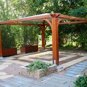 gazebo in legno giardino