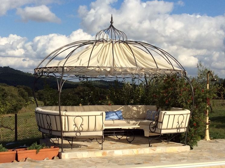 Gazebo in ferro battuto