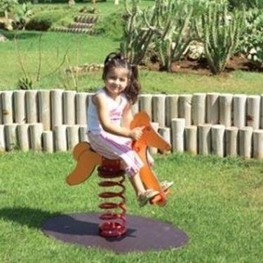 Un esempio di giochi da giardino.