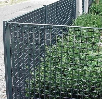 Grigliati in ferro grigliati e frangivento da giardino caratteristiche dei grigliati in ferro - Recinzioni da giardino prezzi ...