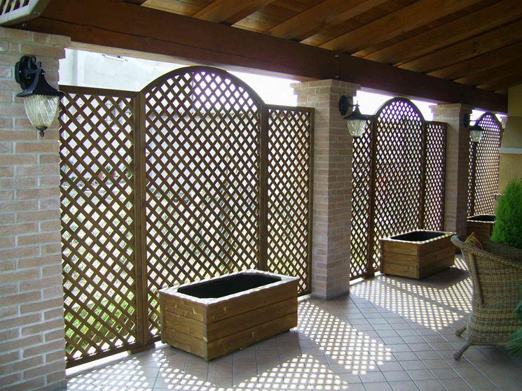 Grigliati legno grigliati e frangivento da giardino for Divisori da giardino