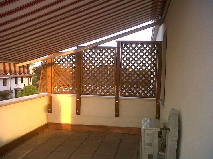 Grigliato in legno grigliati e frangivento da giardino for Divisori da esterno
