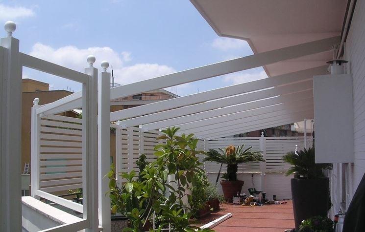 Griglie legno giardino grigliati e frangivento da - Barriere antirumore per terrazzi ...
