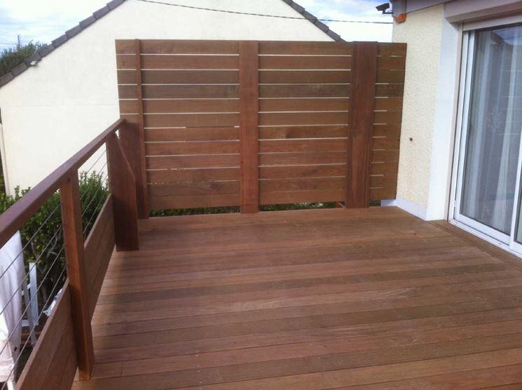 Pannelli frangivento in legno grigliati e frangivento da for Divisori da giardino
