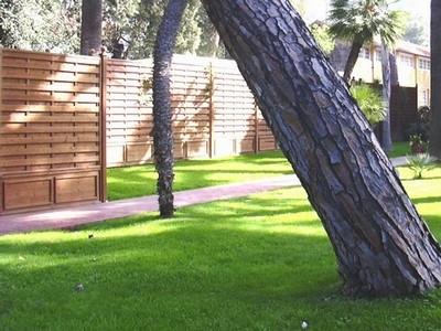 Vendita frangivento grigliati e frangivento da giardino for Vendita materiale da giardino