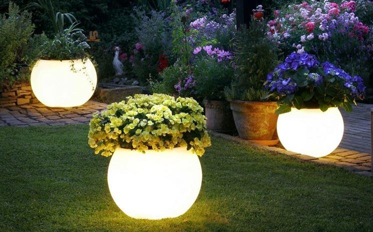 palle luminose giardino