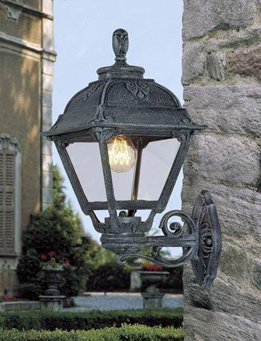Un esempio di lampade da esterno.
