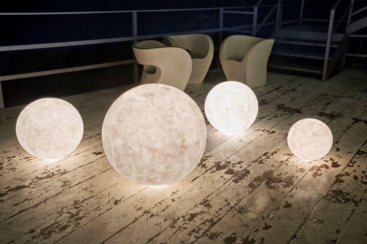 Lampade da giardino a forma sferica