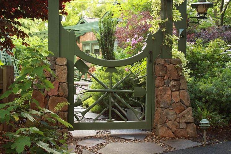 Cancello d'ingresso al giardino