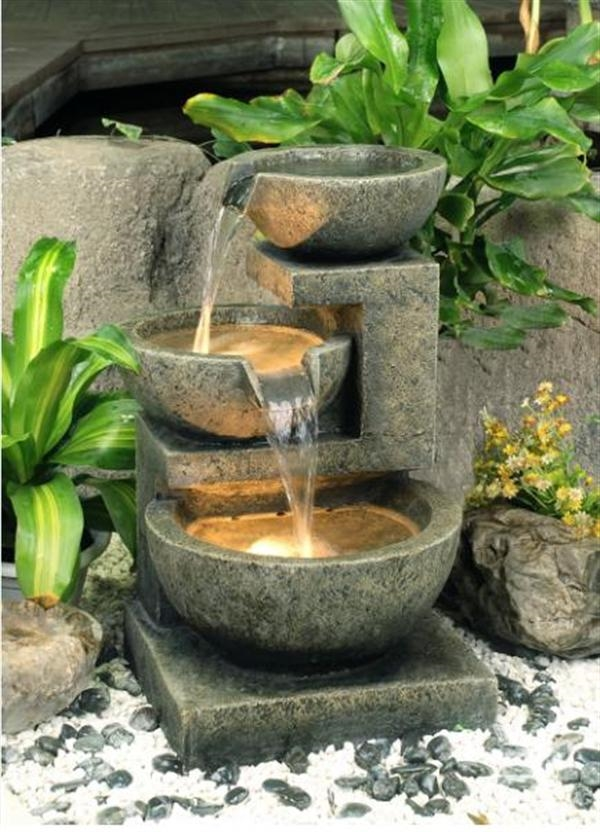 Fontana da giardino in granito