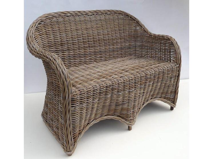 Classico divano in rattan naturale