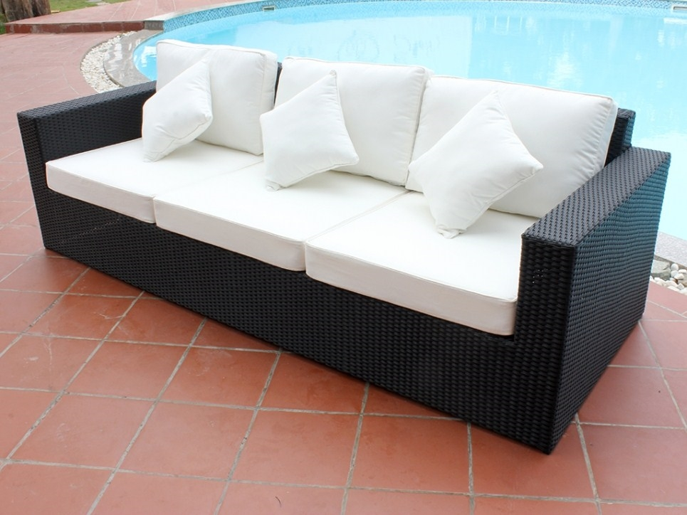 Divani da giardino in rattan mobili da giardino divani for Mobili giardino rattan sintetico