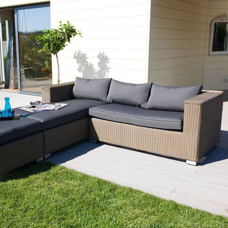 Divani da giardino mobili da giardino come scegliere i migliori divani da giardino - Divano da giardino ...