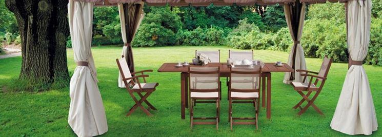 Mobili da giardino in legno mobili da giardino for Arredamento esterni design