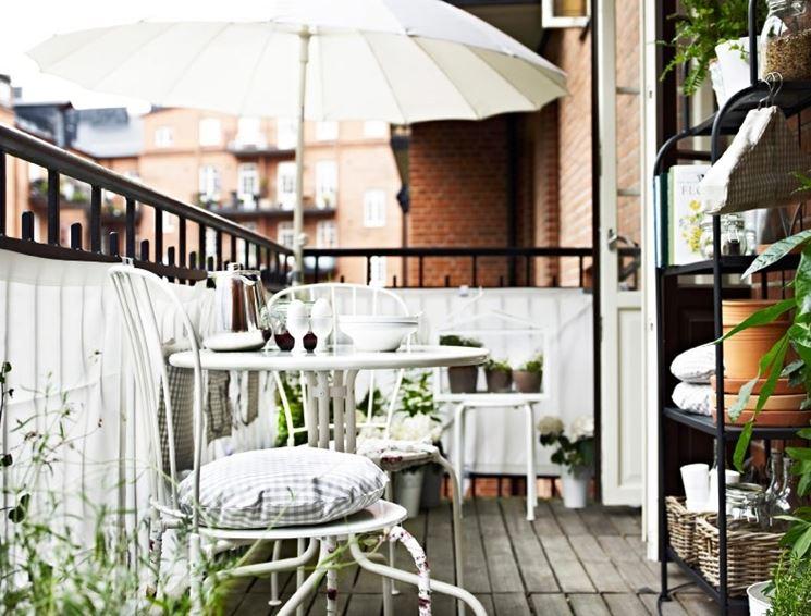 Mobili terrazzo mobili da giardino mobili per il terrazzo for Arredare balconi piccoli