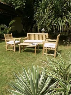 Salotto da giardino mobili da giardino for Arredamento giardino usato