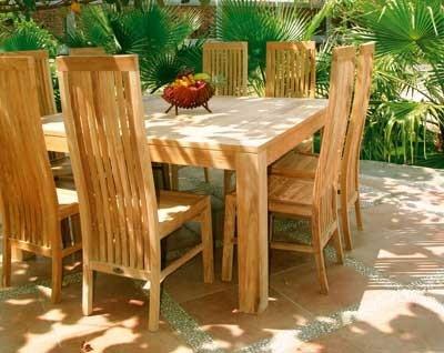 Tavoli da giardino in legno mobili da giardino for Mobili da giardino in legno