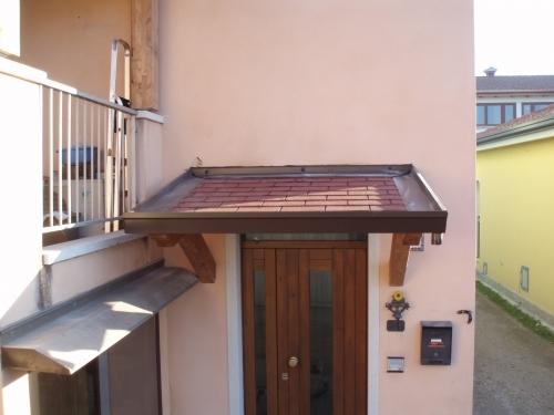 Coperture per tettoie pergole e tettoie da giardino - Tettoie per finestre ...