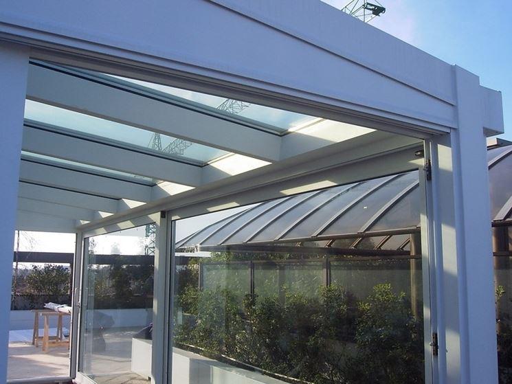 Coperture per verande pergole e tettoie da giardino tipologie delle coperture per verande - Strutture in alluminio per esterno ...