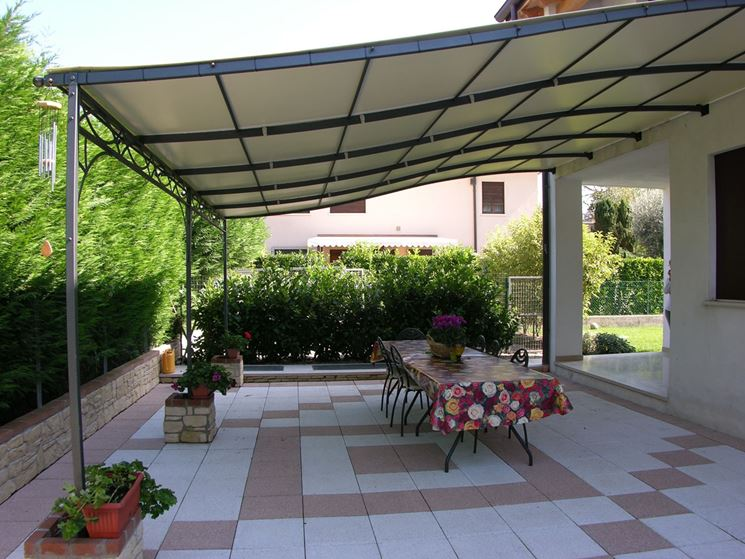Coperture terrazzi - pergole e tettoie da giardino - Come realizzare una copertura per il terrazzo