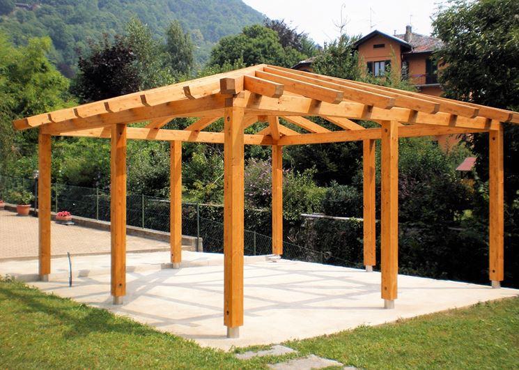 Costruire un pergolato pergole e tettoie da giardino - Costruire veranda in giardino ...
