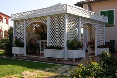 Pergolati in legno pergole e tettoie da giardino come scegliere i pergolati in legno - Tettoie da giardino in ferro ...