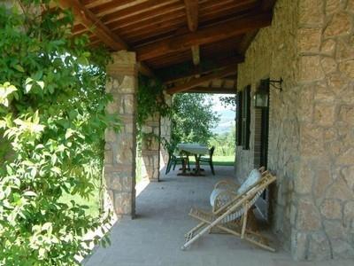 Porticati giardino pergole e tettoie da giardino for Arredamento da giardino