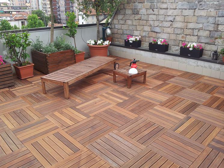 Terrazzi in legno pergole e tettoie da giardino terrazzi realizzati in legno - Pavimentazione giardino in legno ...