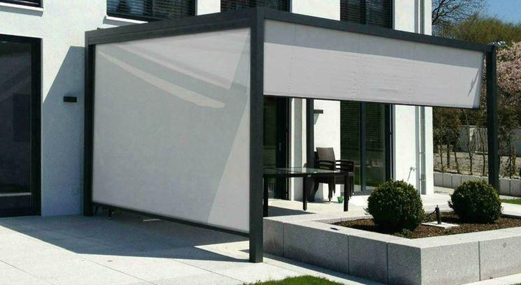 tettoia in alluminio moderna