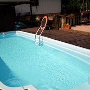 Piscine interrate piscine come installare una piscina for Arredamento piscine