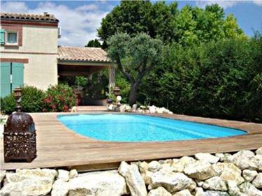 arredamento per piscine da esterno