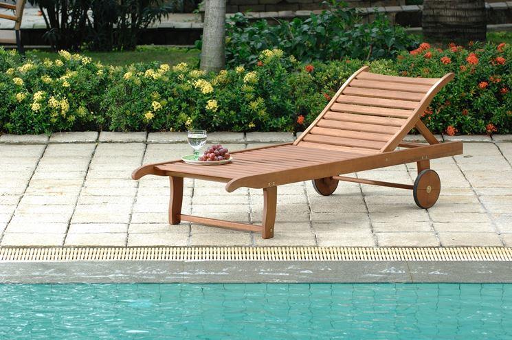 Lettini sole lettino da mare in legno images come for Lettini da terrazzo
