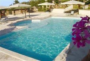 Manutenere la piscina