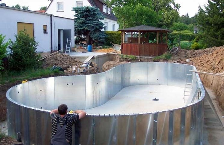 Piscina fai da te piscine piscina fai da te arredamento - Rivestire piscina fuori terra fai da te ...