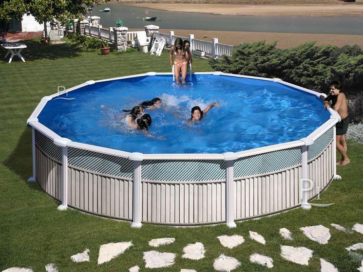 Mobili Da Esterno Per Piscina : Piscine da giardino fuori terra piscine piscine fuori terra