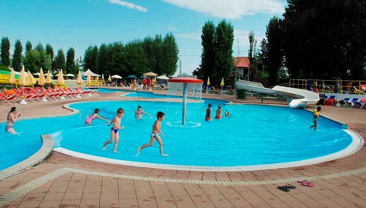 Piscine per bambini piscine tipologie di piscine per - Piscine per giardino ...