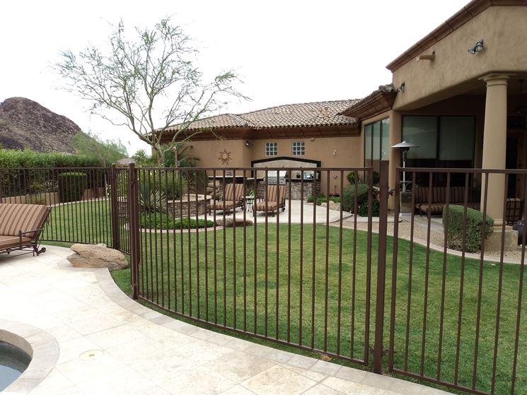 recinzione in ferro classica