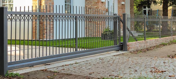 recinzione in ferro moderna